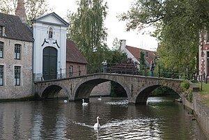 Begijnhofbrug,_ook_Wijngaardbrug,_Brugge.jpg