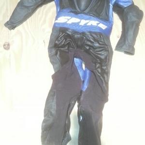 Spyke overall blauw achterkant