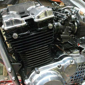 R-F RS carbs erop.jpg