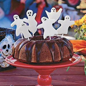 pumpkin-cake-ghosts-l.jpg