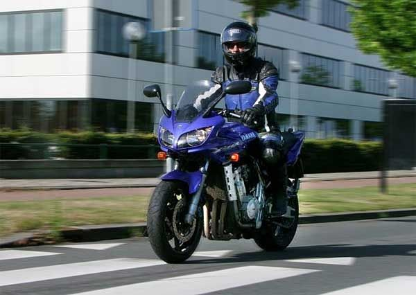 http://www.motor-forum.nl/forum/download_document/772998/03cd5b0ff28e76cebb234fb60d0e0935