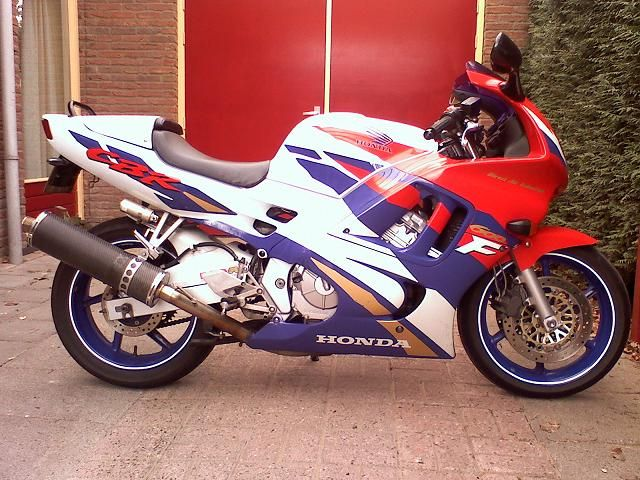 http://www.motor-forum.nl/forum/download_document/609065/2d9cbf2fa6db5b249dc03945e0410c29