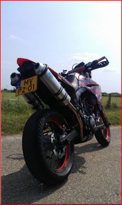 http://www.motor-forum.nl/forum/download_document/1130604/1b14e2f774587bd63f8e6f2a48776c84