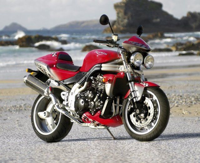 2004 speed triple Accessorised.jpg