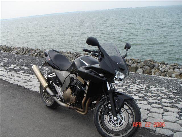 http://www.motor-forum.nl/forum/download_document/429555/a7ba2862096ea7c4edbb31b40708d82d
