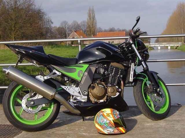 http://www.motor-forum.nl/forum/download_document/497369/85f785a68ec0281b97779a64652f15a7