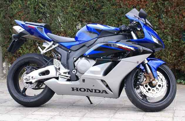 http://www.motor-forum.nl/forum/download_document/562773/53446a5344c1baed11b330448a6a49ad