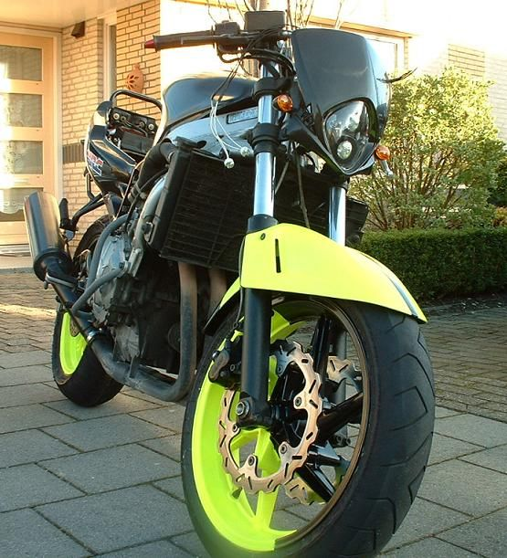http://www.motor-forum.nl/forum/download_document/598518/e02b33708406d2a9975459b4cf66cb84
