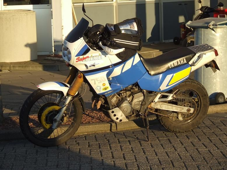 http://www.motor-forum.nl/forum/download_document/614836/340ec6cf5c2725942e563929a0ce41e3