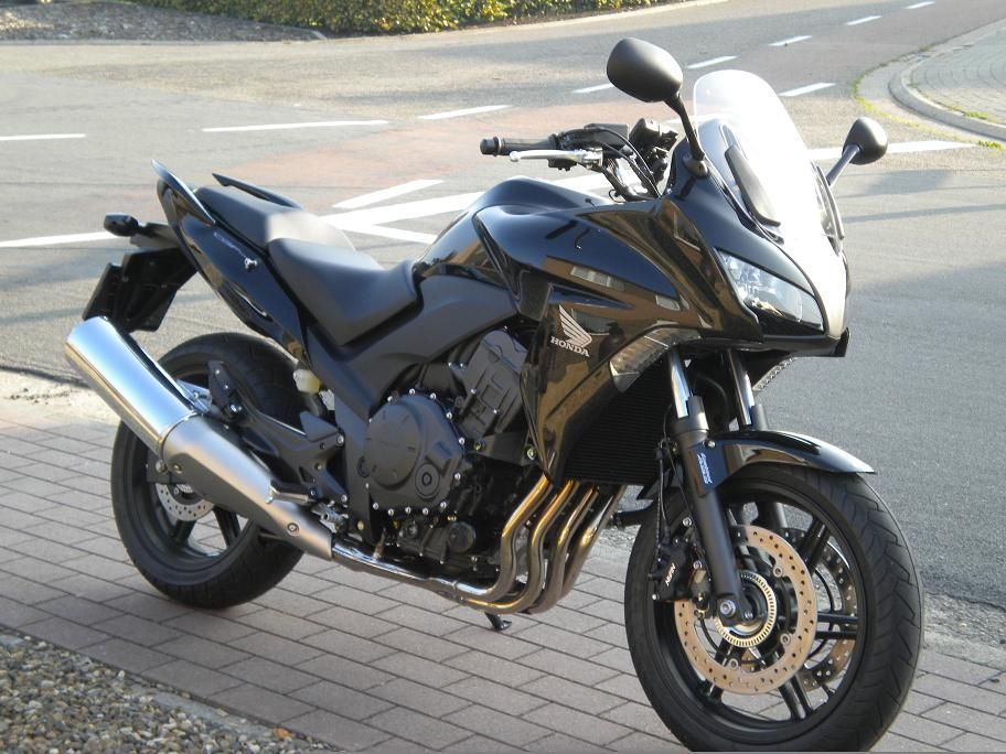 http://www.motor-forum.nl/forum/download_document/994798/c8805b291009532191b50e360d5ebbf8
