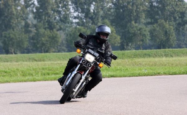 http://www.motor-forum.nl/forum/download_document/986026/492b2953020cb53ec46d450094183d84