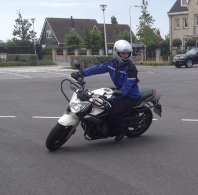 http://www.motor-forum.nl/forum/download_document/1132250/f146065d690a1950b9f8cae075e5a3f3