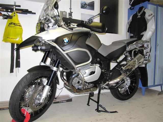 http://www.motor-forum.nl/forum/download_document/911529/631a3561e10d4c19d3a0be5e73dc79a5