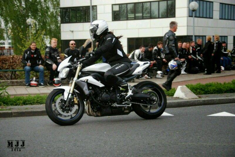 http://www.motor-forum.nl/forum/download_document/1238084/8692ffcfcda097c73d55162d405d3d15