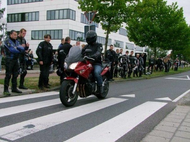 http://www.motor-forum.nl/forum/download_document/773323/00fe7c4e49b0673fa5422ea45b69b5ac