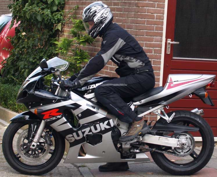 http://www.motor-forum.nl/forum/download_document/422567/2f4156ec0bf4e3ad58177f6aca3bbd9d