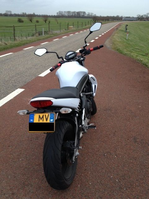 http://www.motor-forum.nl/forum/download_document/1097344/752c54f3ef69f2e52940761309da67c3