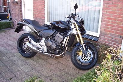 http://www.motor-forum.nl/forum/download_document/936304/014a6a4202426f40ac10bbebf56a0754