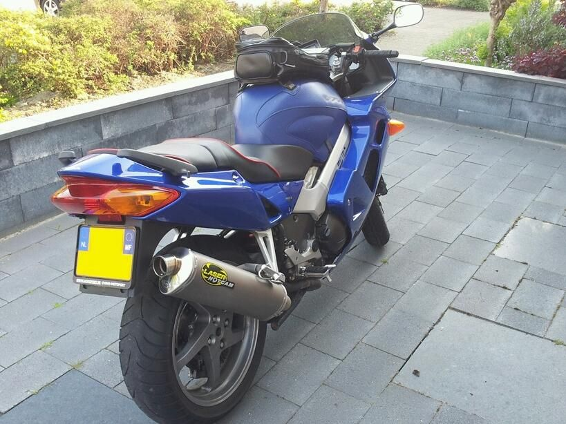 http://www.motor-forum.nl/forum/download_document/1054898/c9a97eed54b81a5422c1d692465acf7f