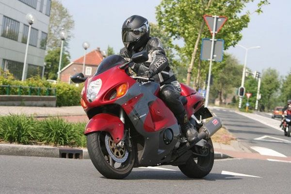 http://www.motor-forum.nl/forum/download_document/706797/505f59c26d7e57a7ca19e92588d6b74d