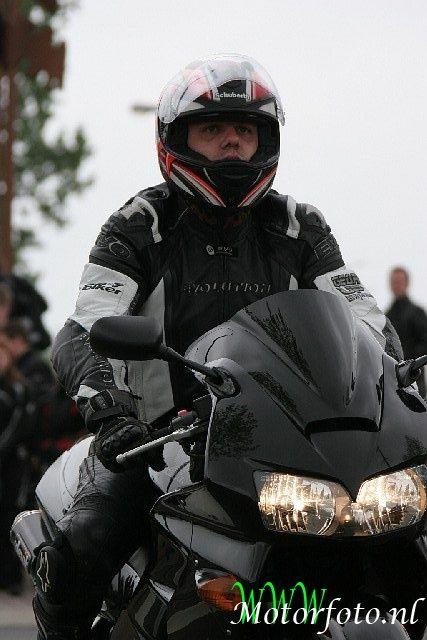 http://www.motor-forum.nl/forum/download_document/853333/3b709ec883748e5acb946db6ad46b2a7